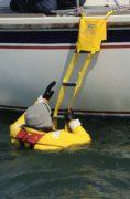 Escalera-Plastimo-barco-de-emergencia