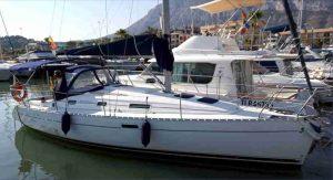Alquiler velero Oceanis